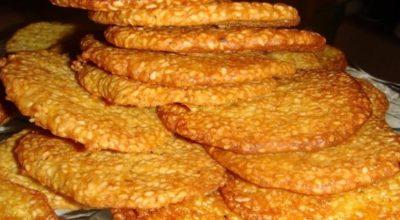 Кунжут очень полезный для здоровья! Поэтому кунжутное печенье — одно из лучших домашних сладостей