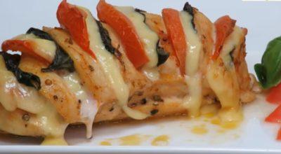 Нежное и сочное куриное филе с сыром в духовке