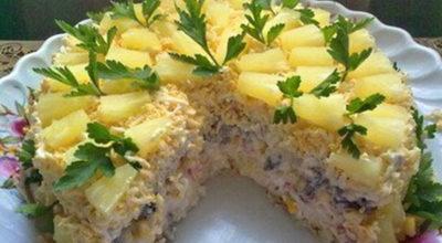 Бесподобно салатный торт «Чародейка»