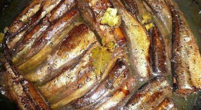 Тушеная рыбка: ни капли не отличимо от магазинных шпрот