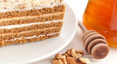 Медовик: популярные рецепты приготовления любимого торта