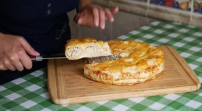 Обалденный мясной пирог без возни с тестом. Очень сочно и вкусно