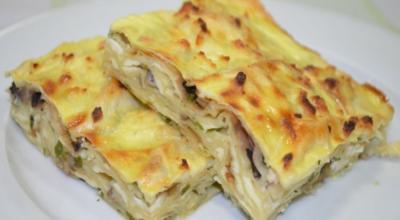 Пирог из лаваша с грибами и сыром