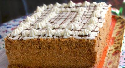 Торт «Арлекин» — это обалденный союз «Медовика» и «Наполеона»