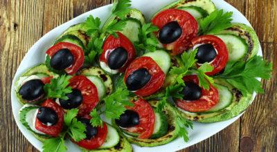 Изумительная закуска «Павлиний хвост» из кабачков — покорит своим вкусом и видом