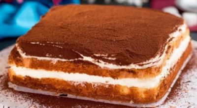 Готовим творожный торт: 4 яйца, 200 г творога, 120 г сахара и немного ловкости рук