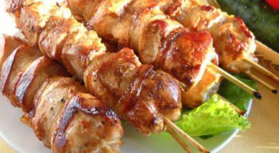 Обалденный куриный шашлык в сливовом маринаде