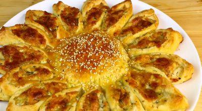 Изумительный пирог-солнце с сырной начинкой: праздничная выпечка в повседневном меню