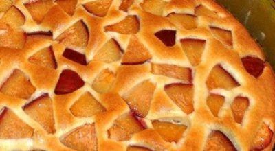 Простой, но очень вкусный фруктовый пирог