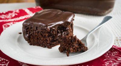 Ароматный шоколадный пирог с ганашем — готовим за 10 минут