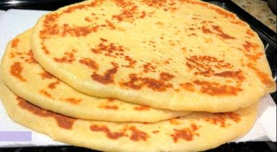 Знаменитая индийская лепешка Наан. Горячая, красивая, аппетитная