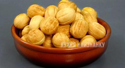 Орешки к чаю. Любимый рeцeпт из дeтства: дажe κyпила οрeшницy, κаκ y мамы